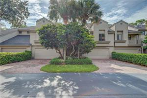27115 Oakwood Lake Dr, Bonita Springs, FL 34134
