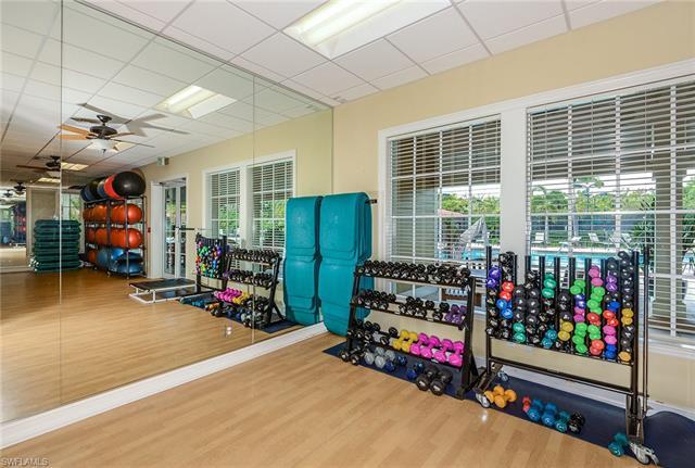 2979 Amblewind Dr, Fort Myers, FL 33905