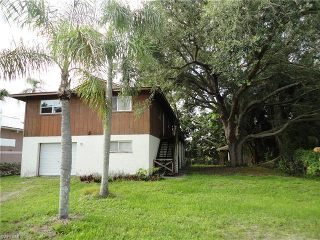 4823 Esplanade St, Bonita Springs, FL 34134