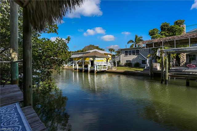 831 Lagoon St 1-4, Fort Myers Beach, FL 33931