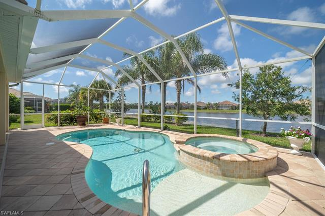 8451 Benelli Ct, Naples, FL 34114