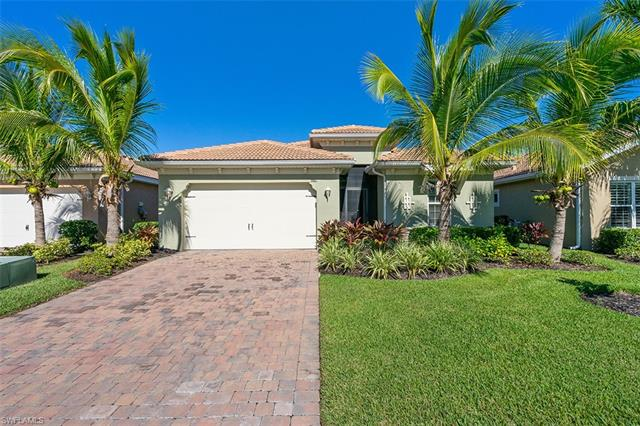 3881 King Williams St, Fort Myers, FL 33916