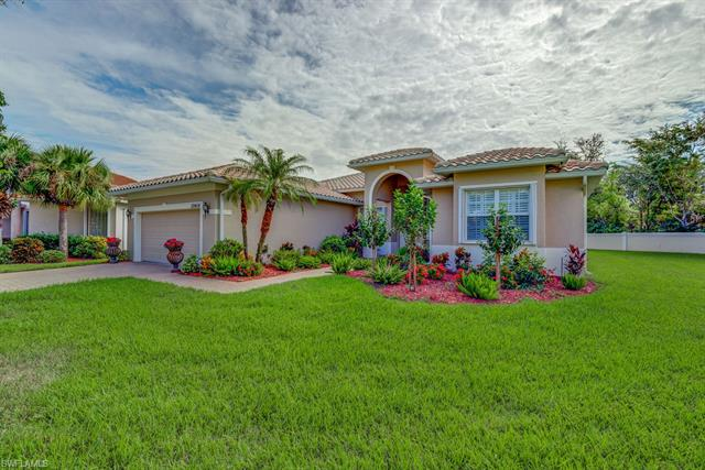 20454 Foxworth Cir, Estero, FL 33928
