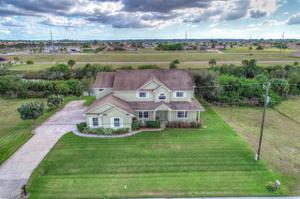 1624 9th St, Cape Coral, FL 33993