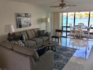 271 Southbay Dr 122, Naples, FL 34108