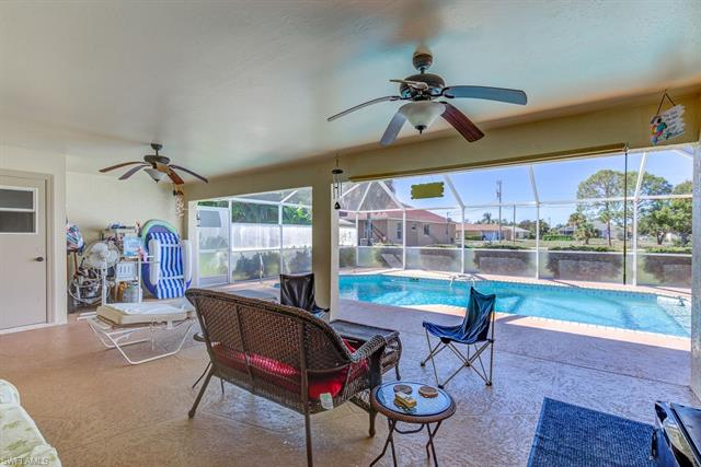 1804 26th Ave, Cape Coral, FL 33993