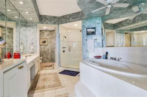 4801 Island Pond Ct 702, Bonita Springs, FL 34134