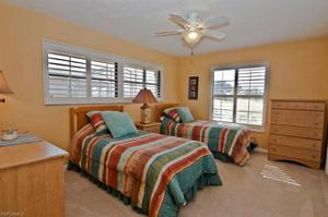 9863 Treasure Cay Ln, Bonita Springs, FL 34135