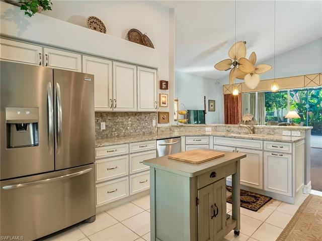 20865 Gleneagles Links Dr, Estero, FL 33928