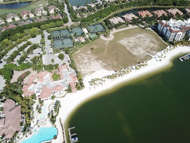 10000 Isola Way, Miromar Lakes, FL 33913