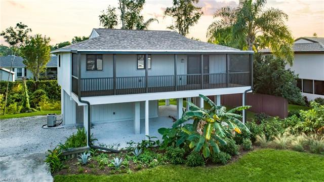 8185 Lake San Carlos Cir, Fort Myers, FL 33967