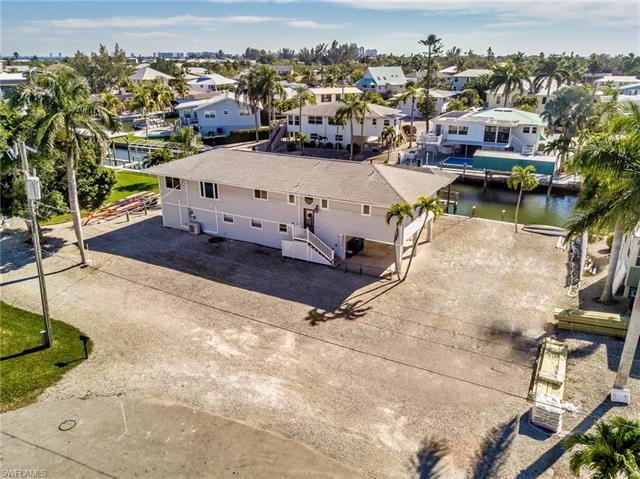 5592 Avenida Pescadora, Fort Myers Beach, FL 33931