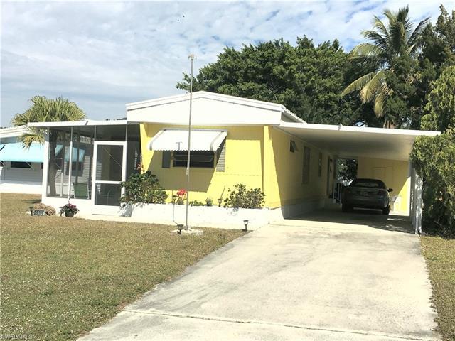 26196 Duchess Ln, Bonita Springs, FL 34135