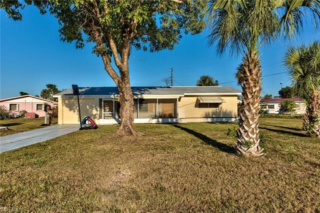 1301 Barnsdale St, Lehigh Acres, FL 33936