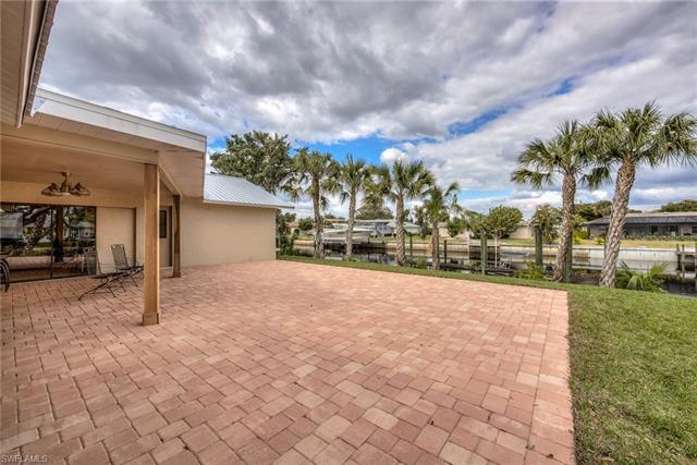 13520 Island Rd, Fort Myers, FL 33905