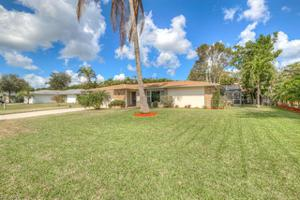 1025 Town And River Dr, Fort Myers, FL 33919