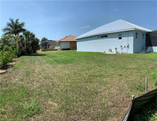 468 Bald Eagle Dr, Marco Island, FL 34145
