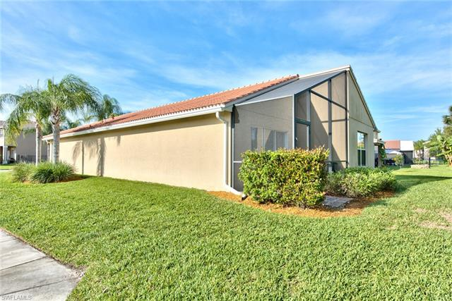 10337 Barberry Ln, Fort Myers, FL 33913