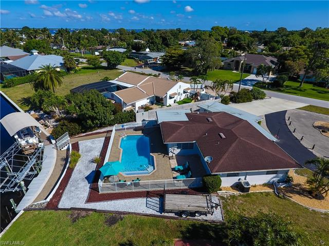 540 Keenan Ave, Fort Myers, FL 33919