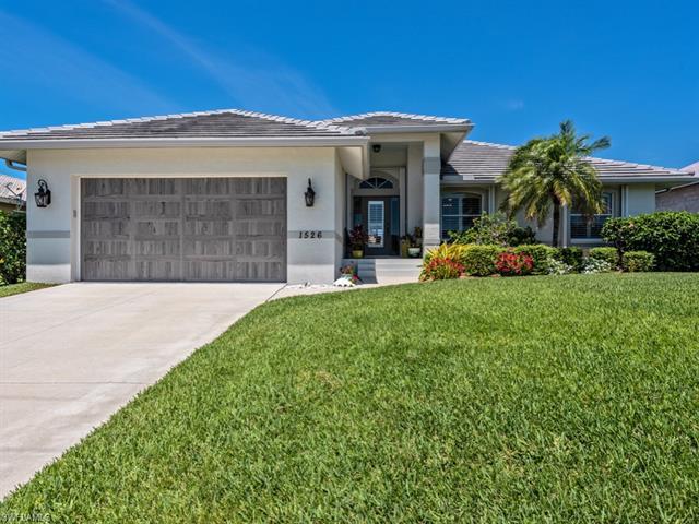 1526 Buccaneer Ct, Marco Island, FL 34145