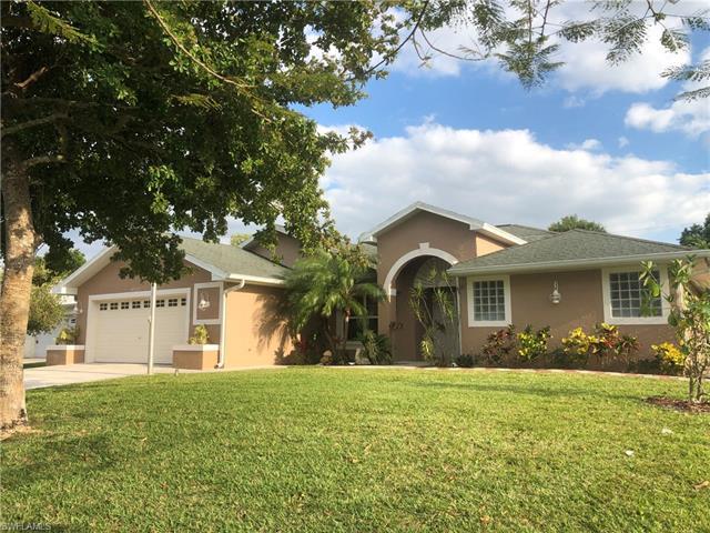 4543 Santiago Ln, Bonita Springs, FL 34134