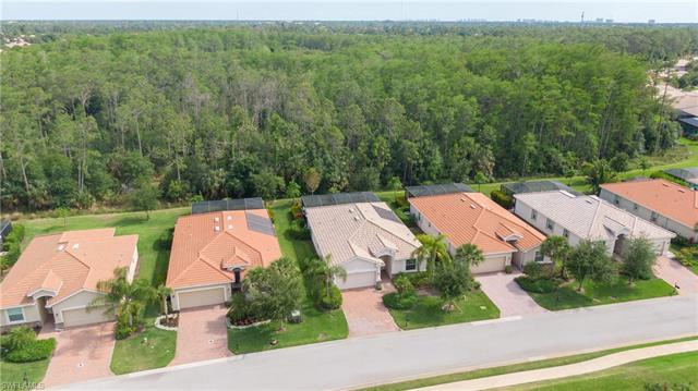 10496 Yorkstone Dr, Bonita Springs, FL 34135