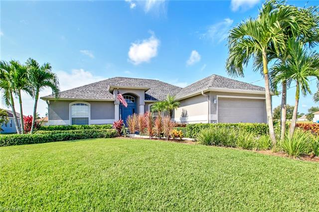 312 10th Ter, Cape Coral, FL 33993