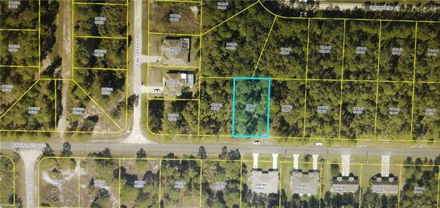 1067 Ainsworth St E, Lehigh Acres, FL 33974
