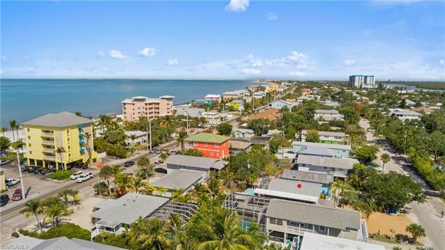 5530 Palmetto St, Fort Myers Beach, FL 33931