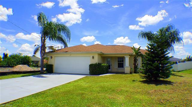 819 Unger Ave, Fort Myers, FL 33913