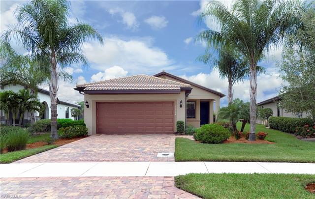 10944 Clarendon St, Fort Myers, FL 33913
