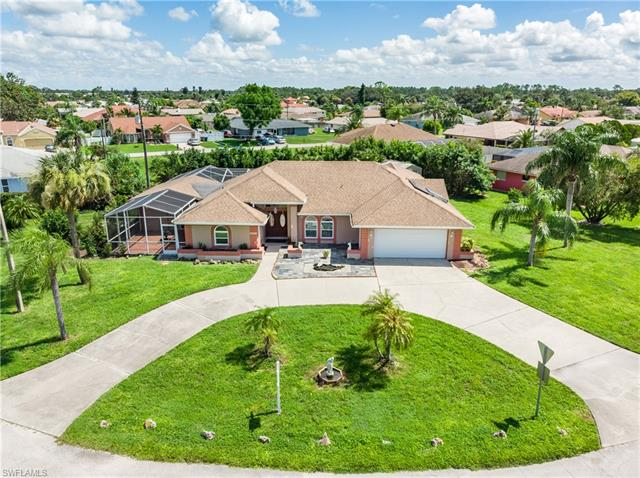 1622 Country Club Pky, Lehigh Acres, FL 33936