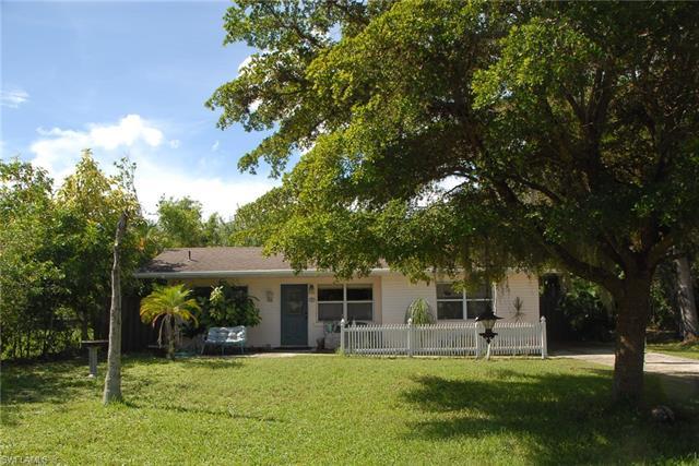 3927 Quails Walk, Bonita Springs, FL 34134