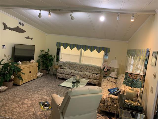 11941 Mallard Ln, Bonita Springs, FL 34135