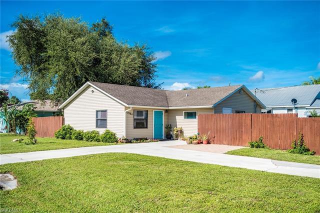 27666 Dortch Ave, Bonita Springs, FL 34135