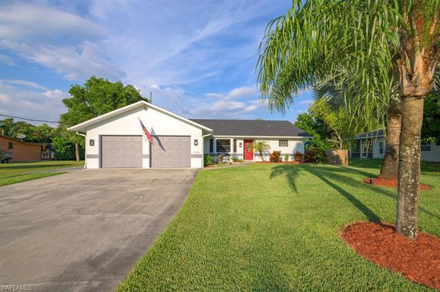 20781 Pine Tree Ln, Estero, FL 33928