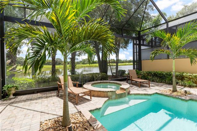 15679 Villoresi Way, Naples, FL 34110