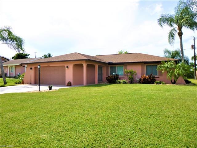 27646 Garrett St, Bonita Springs, FL 34135