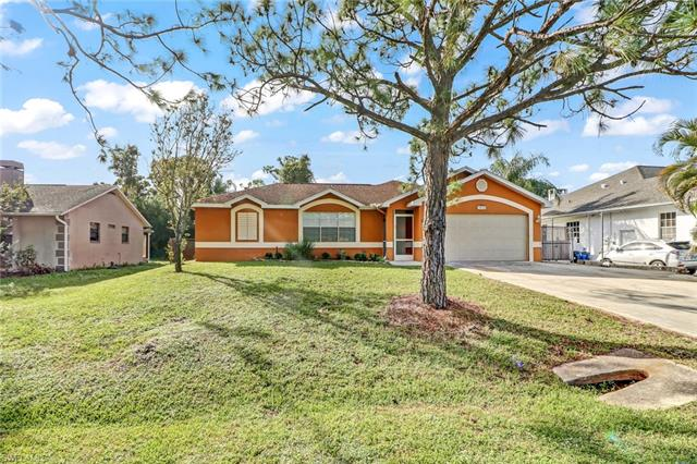 18210 Apple Rd, Fort Myers, FL 33967