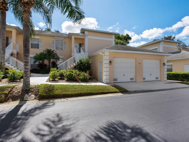 683 Wiggins Lake Dr 102, Naples, FL 34110
