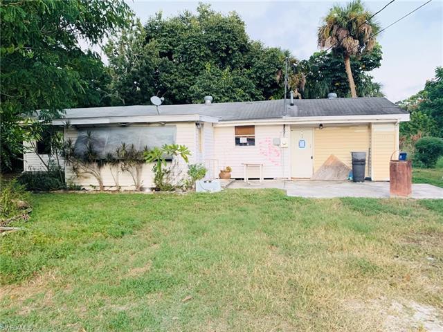 7420 Pentz Rd, Bokeelia, FL 33922