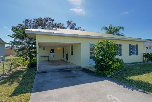 70 2nd St, Bonita Springs, FL 34134