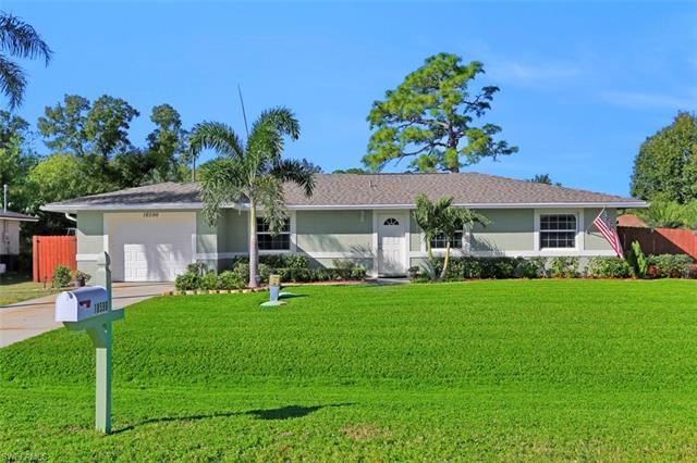 18596 Bradenton Rd, Fort Myers, FL 33967