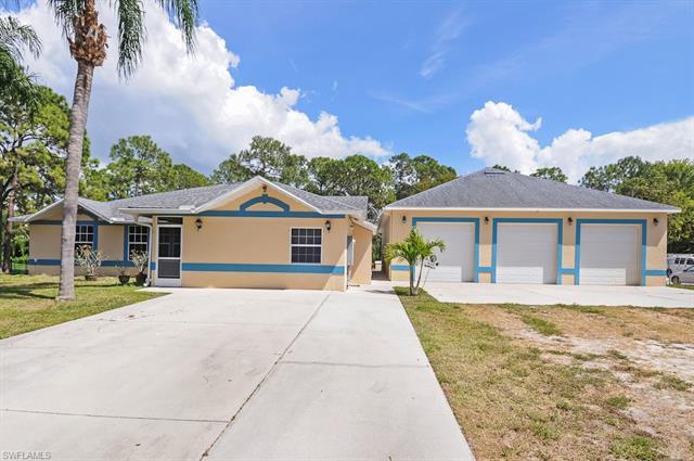 24709 Rodas Dr, Bonita Springs, FL 34135