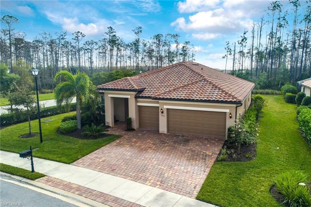 13521 Deer Haven Ln, Estero, FL 33928