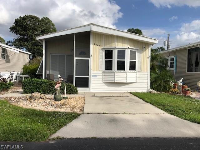 20221 Cumberland Ct, Estero, FL 33928
