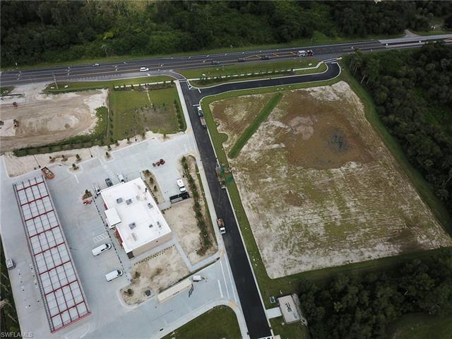Corner Lot, Fort Myers, FL 33905