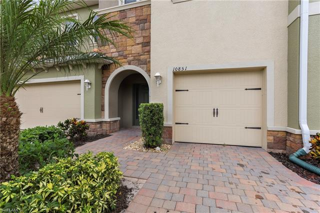 10851 Alvara Point Dr, Bonita Springs, FL 34135