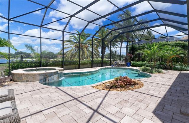 28618 La Caille Dr, Naples, FL 34119