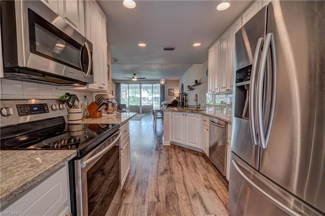 5341 Cove Cir 131, Naples, FL 34119